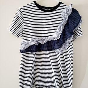 🦋 3/$15 Super Cute Summer Ruffle Shirt